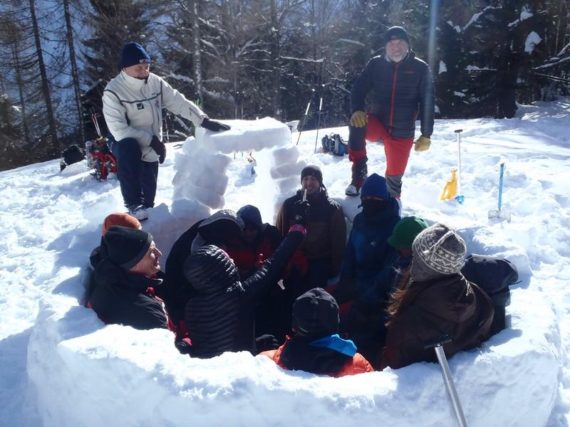 Seminar krpljarenja, bivakiranja, lavine, potražne akcije i orijentacija zimi